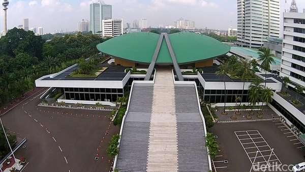 DPR-Pemerintah Sepakat TNI Terlibat di RUU Antiterorisme