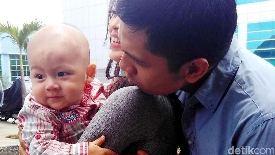 So Cute! Putra Donita dan Adi Nugroho Ngegemesin Banget