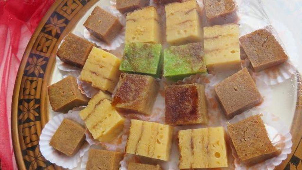 Kue 8 Jam, Lapis Kojo dan Engkak Ketan yang Legit dari Palembang