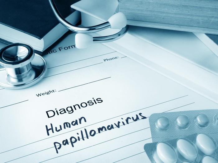 Kanker lidahbisa dipicu oleh infeksi virus. Human Papilloma Virus (HPV) bisa menyebabkan berbagai jenis kanker di rongga mulut. Virus yang sama juga menyebabkan kanker serviks atau mulut rahim. (Foto: Thinkstock)