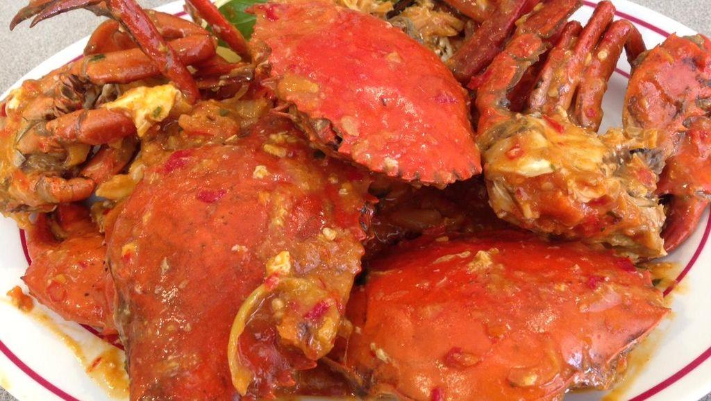 Dijamin Ketagihan! 10 Hidangan Kepiting Berlumur Saus Gurih di Tempat Ini