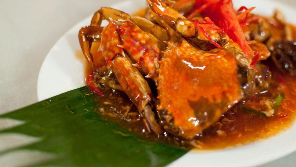 Yuk, Jajan Seafood Enak Murah Meriah di 5 Warung Seafood Ini!