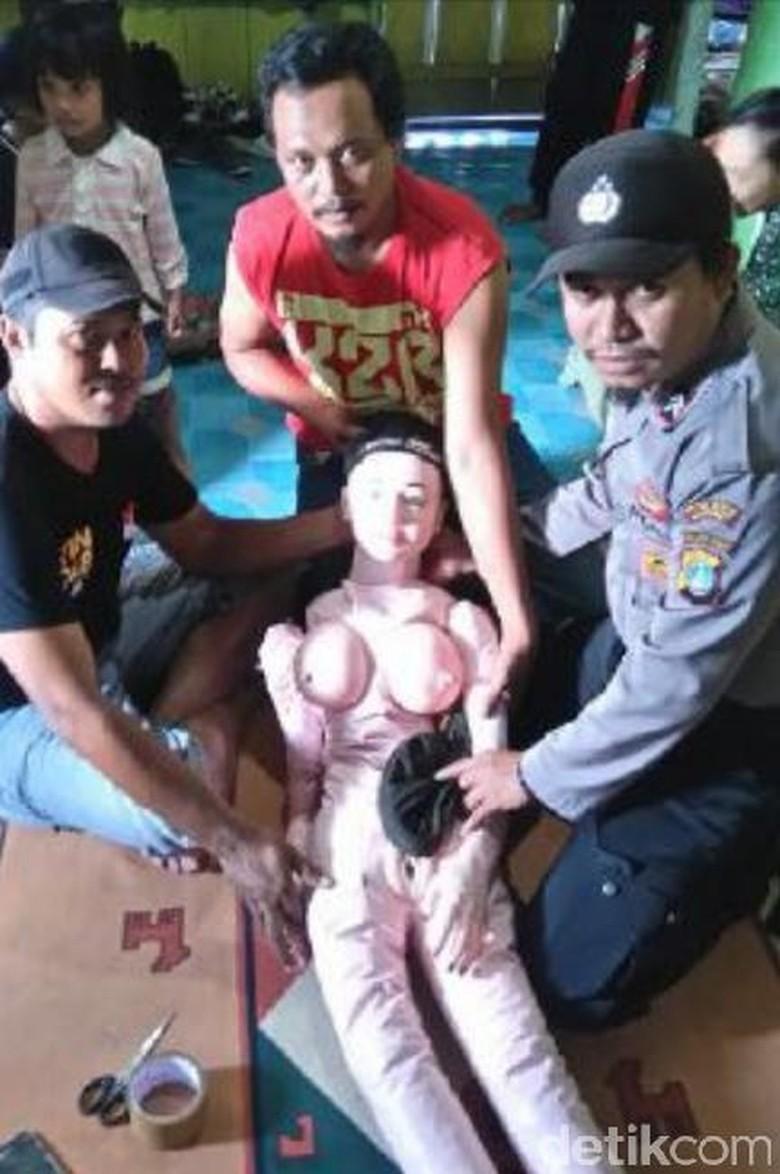 Akhir Cerita Boneka Dikira Bidadari di Banggai Laut: Ternyata Sex Toy