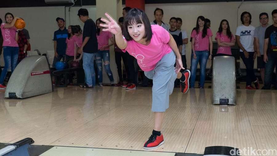 Serunya Main Bowling Bareng Tim T JKT48!