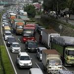 Truk Besar Dilarang Masuk Tol Cikampek, Ini Dampak ke Arus Barang