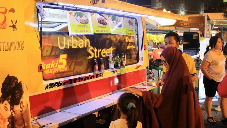 Buat Mobil di Garasi Anda Lebih Produktif Jadi Food Truck