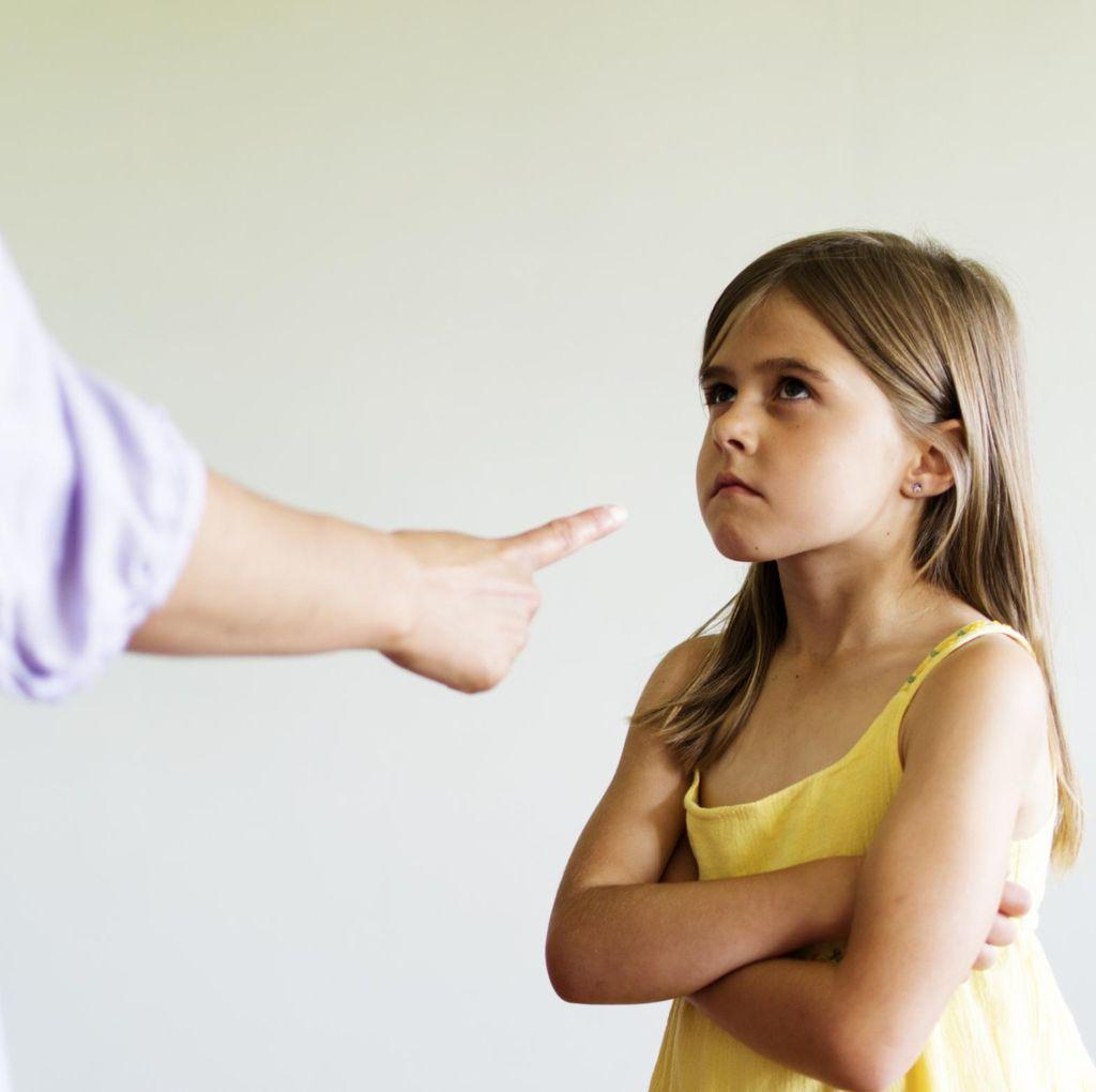 Tentang Anak SD yang Berubah Jadi Sering Melawan Orang Tuanya