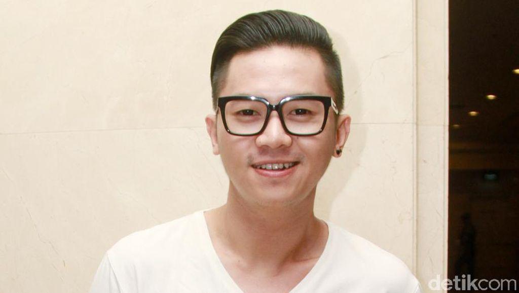 Anggap Milenial Terlalu Canggih, Rafael Tan Tanggapi Video Panas Alumni UI