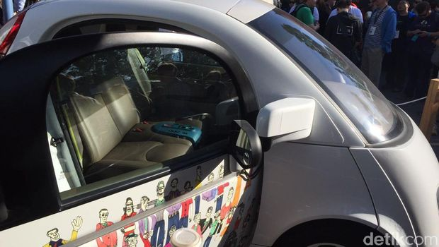 Mobil tanpa sopir Google Firefly