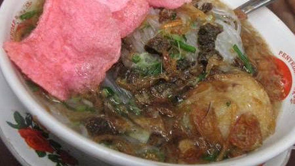 Malam Ini Enaknya Makan Soto Padang yang Harum Gurih di 5 Tempat Ini!