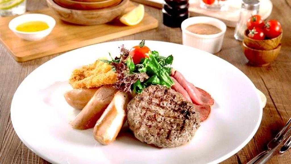 Nyam! Enaknya Steak dan Ayam Panggang dengan Paduan Keju Leleh di 6 Resto Ini
