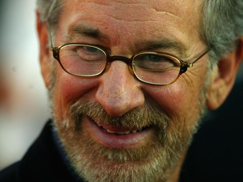 Ada Peran Steven Spielberg di Keberhasilan Dunkirk Karya Nolan