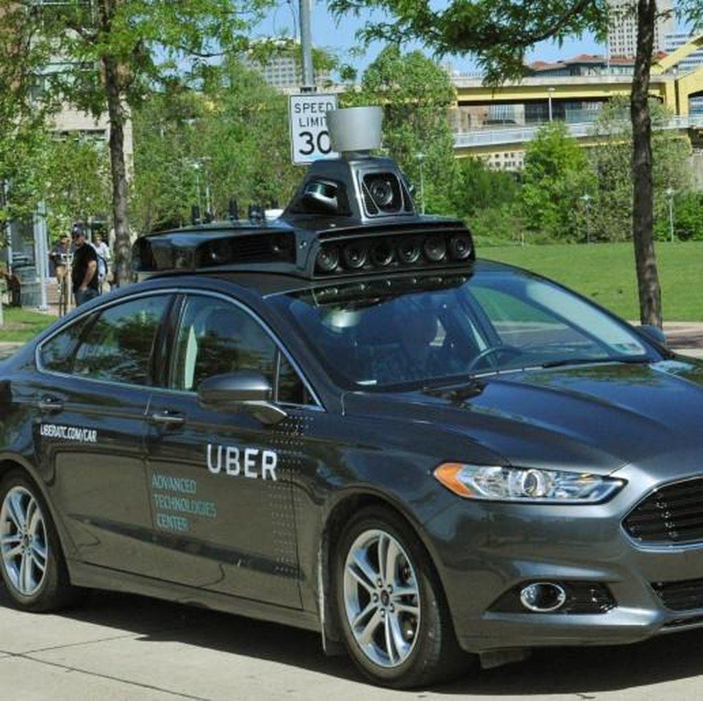 Mobil Otonom Uber Tewaskan Pejalan Kaki