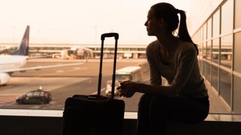 Ilustrasi wanita di bandara (Dok. Thinkstock)