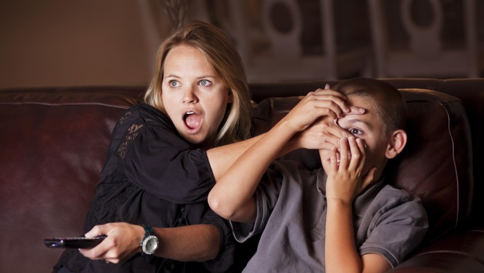Ilustrasi reaksi orang tua saat anak melihat video aksi nyaris bugil (Foto: Thinkstock)