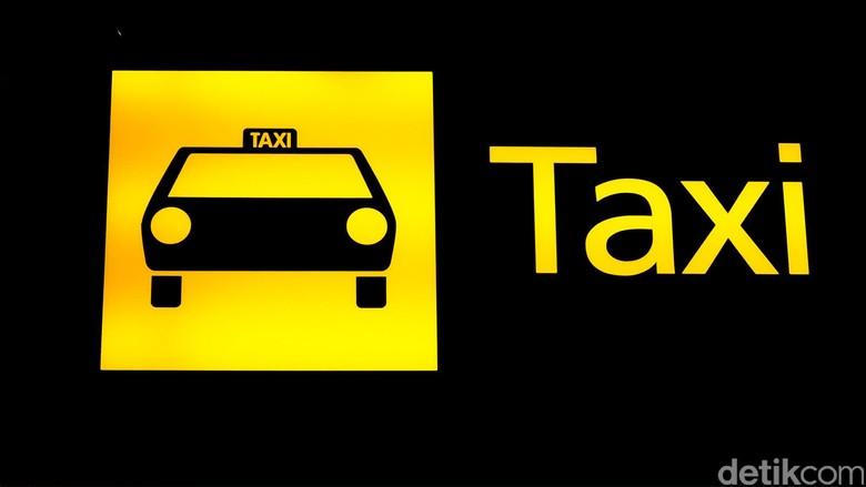 Protes Taksi Online, Ribuan Angkot di Medan Mogok Beroperasi