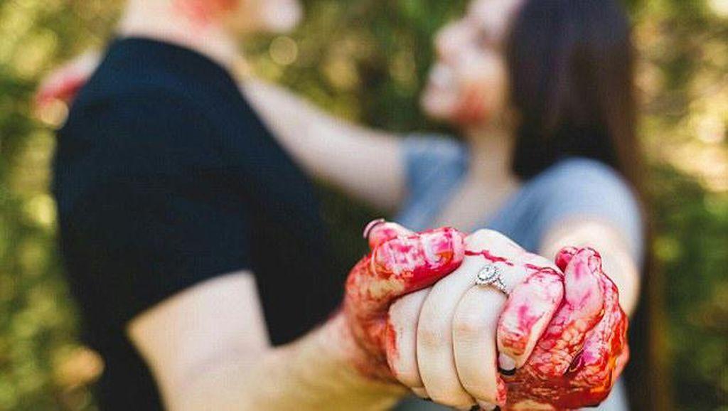 Kreatif atau Menyeramkan? Pasangan Buat Foto Prewedding Bertema Pembunuhan