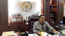 Benda Seni di Kantor Fadli Zon: Wayang Jokowi Hingga Lukisan Prabowo