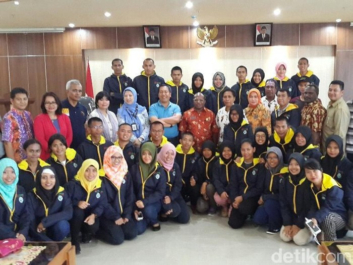 Foto: Tim Nusantara Sehat yang tugas di Papua/Firdaus ANwar