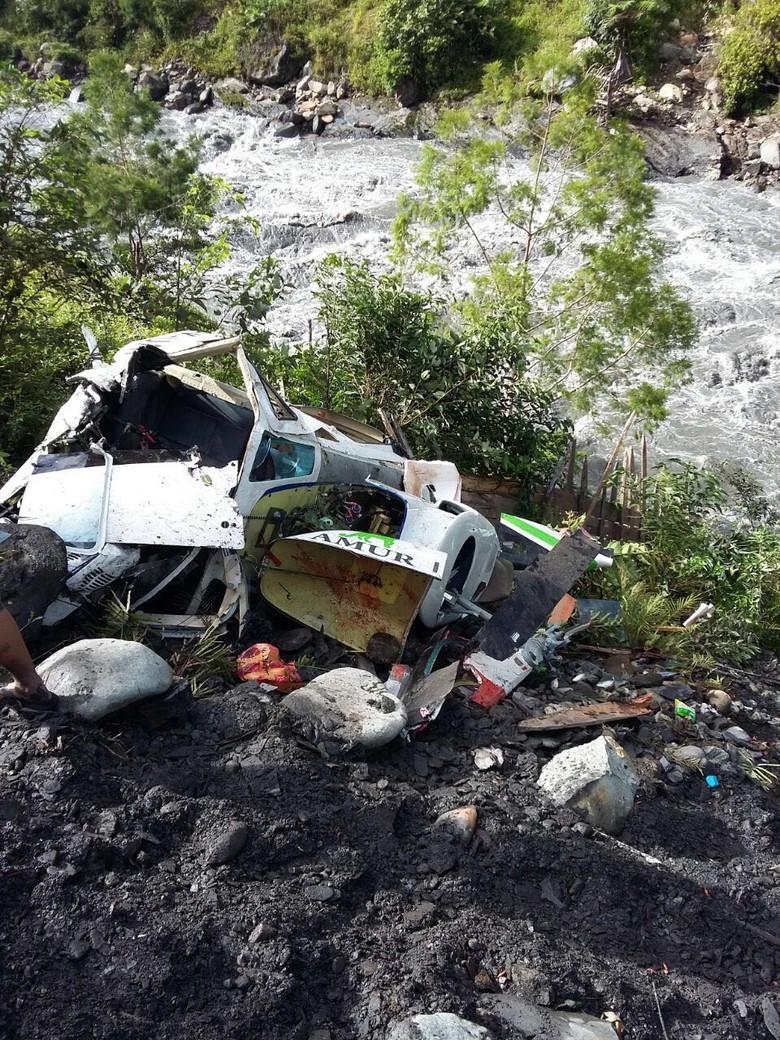 Helikopter Bell Jatuh di Nabire, Versi Polisi: 2 Kritis dan 2 Luka-luka