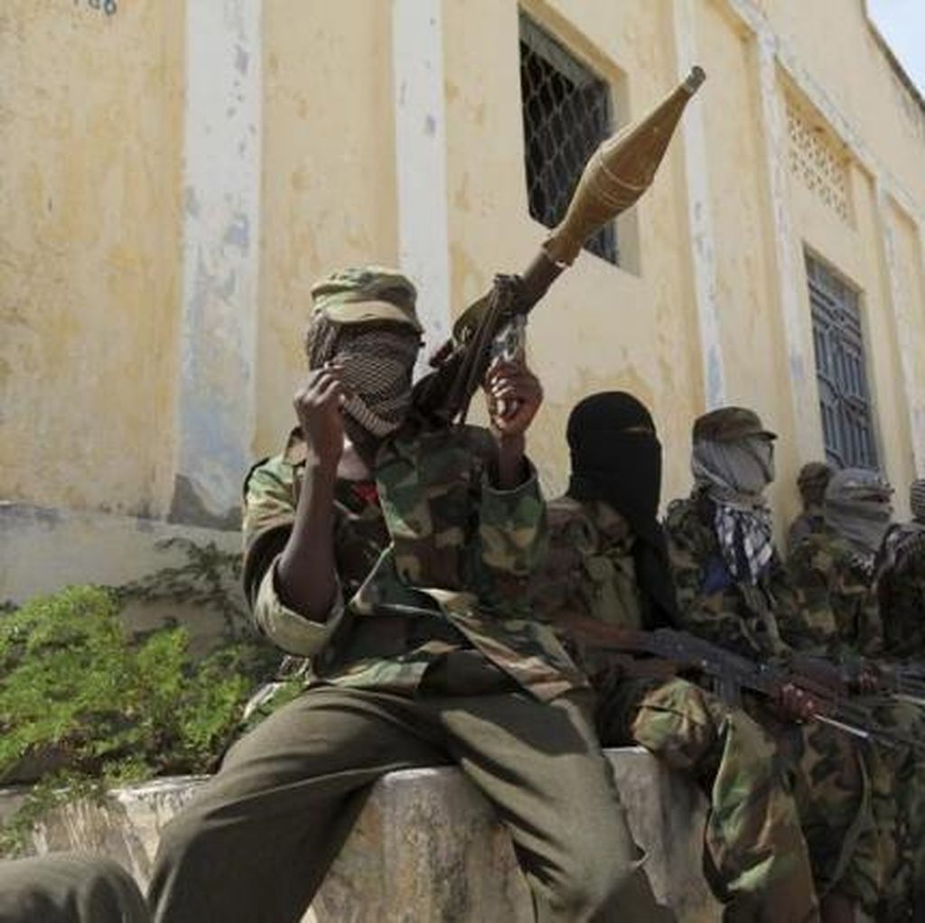 Bom Bunuh Diri Al-Shabaab Tewaskan 15 Polisi di Mogadishu Somalia