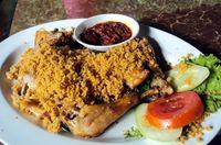 Sedap! 5 Racikan Ayam Goreng Kremes yang Nikmat Disantap dengan Nasi dan Sambal