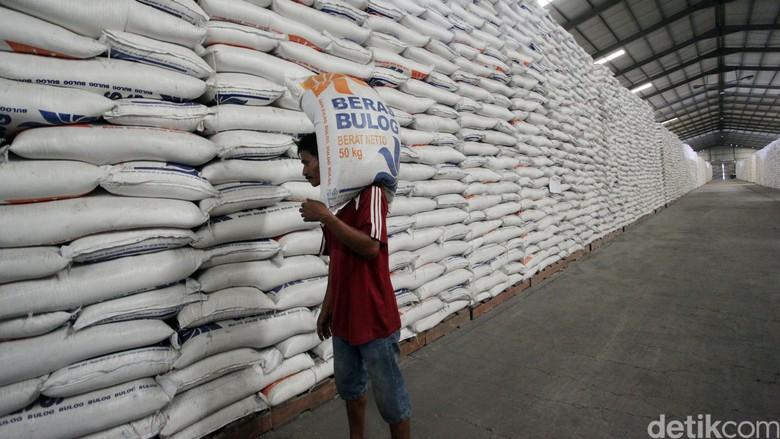 Jelang Natal, Bulog Siapkan 3.000 Ton Beras di Timika