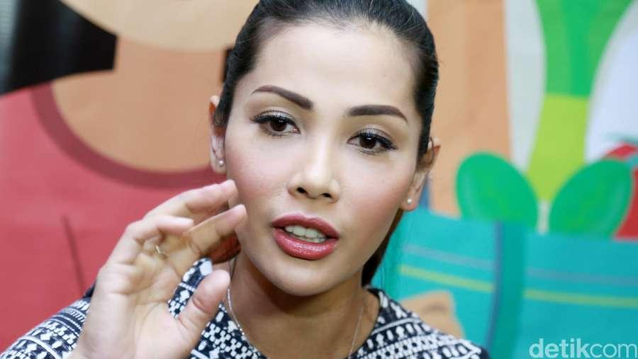 Hamil 9 Bulan Nadia Mulya Perut Gambar Ibu