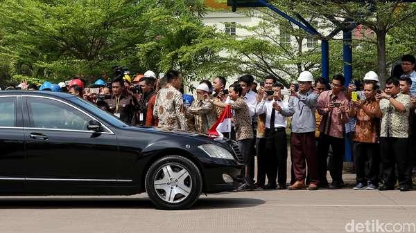 Mobil Kepresidenan Jokowi yang Mogok di Kalbar Buatan Tahun 2007