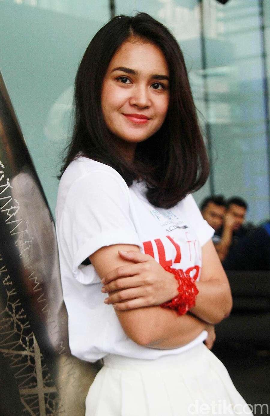 Gambar Model Rambut Michelle Ziudith Sobfashion