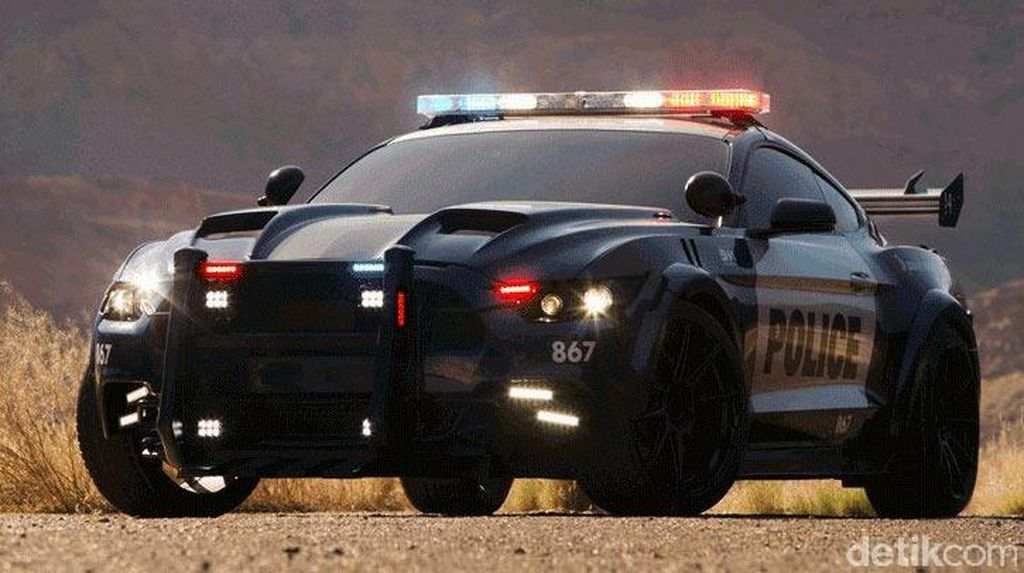 Mobil Polisi Ini Bakal Ramaikan Film Transformers: The Last Knight