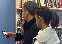 Kisah Obama yang Cinta Mati Pada BlackBerry