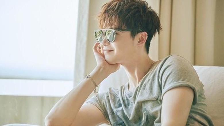 Fokus di Drama, Lee Jong Suk Tolak Main Film Dream