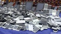 Ditjen Bea Cukai Musnahkan Puluhan Ribu Miras dan Ribuan Ponsel Ilegal