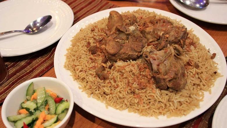 Kuliner nasi kebuli khas Timur Tengah (Randy/detikTravel)