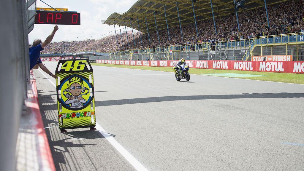 Dominasi Rossi di Assen yang Bersejarah