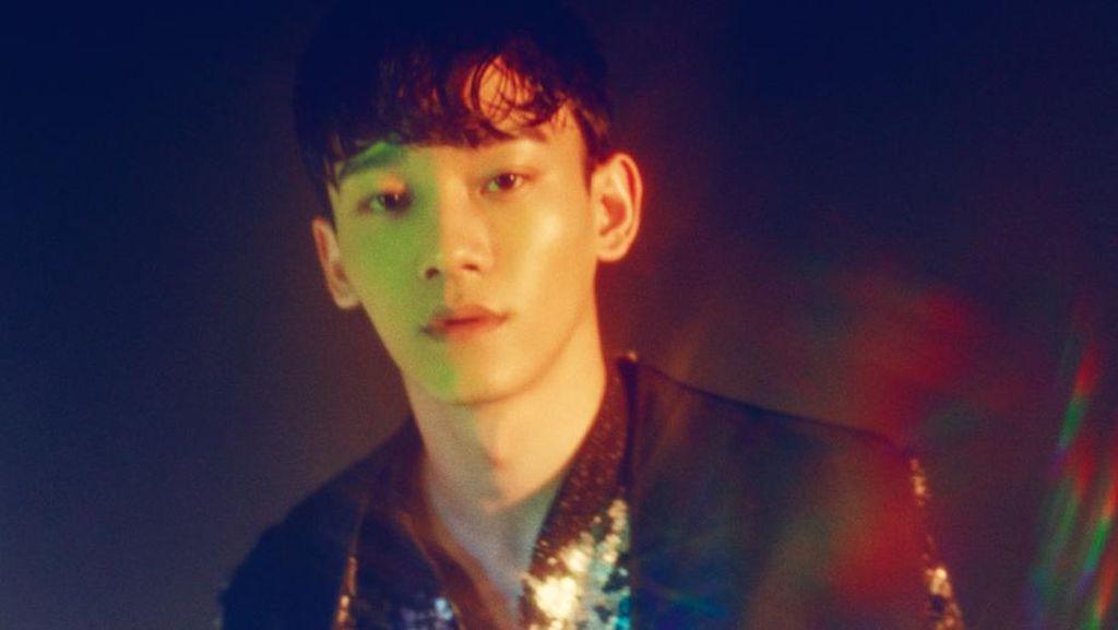 Pakai Lipstik Warna Ungu, Chen EXO Dituding Rasis