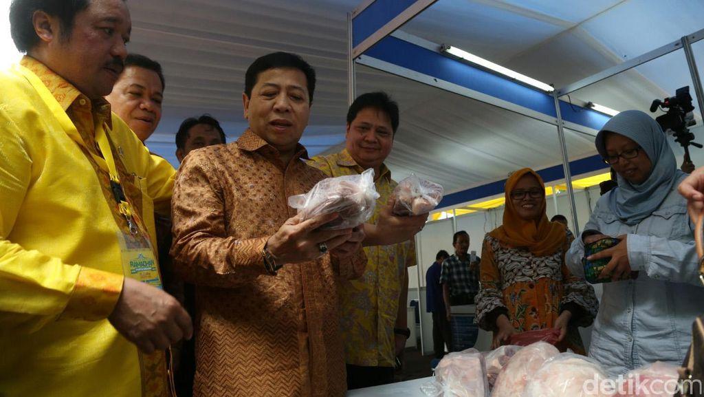 DPP Golkar Gelar Pasar Murah