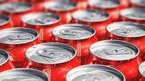 Apa Benar Mengetuk Kaleng Soda Bisa Cegah Soda Muncrat?