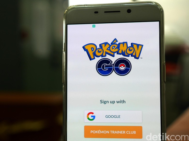 Bahaya! Jangan Nyetir Sambil Main Pokemon Go