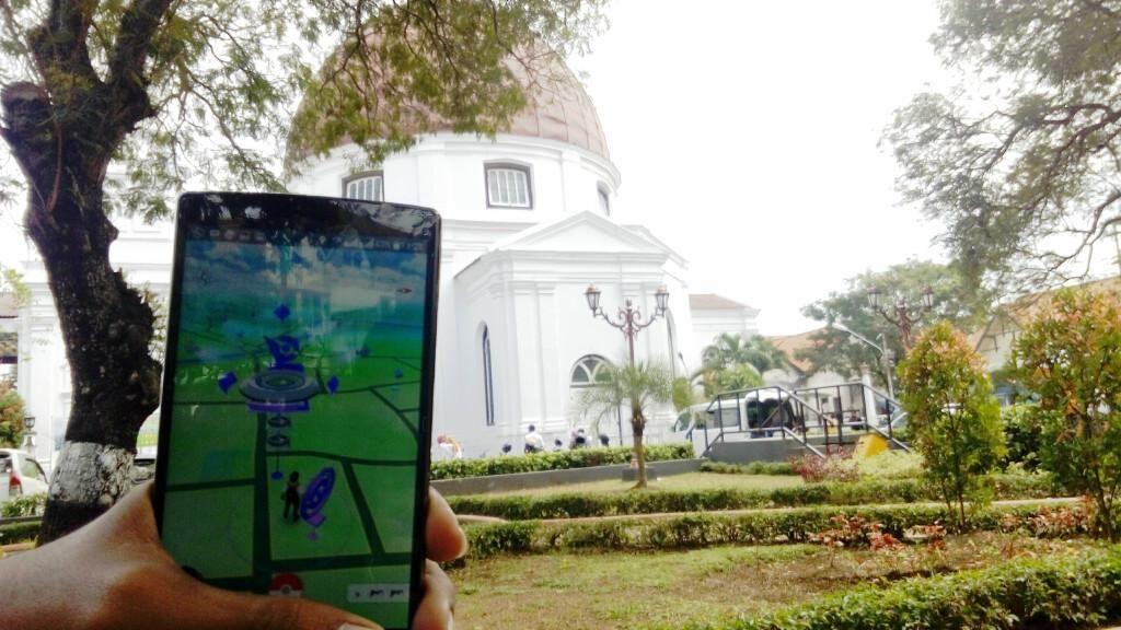 Pokemon Banyak Bertarung di Daerah Wisata Semarang