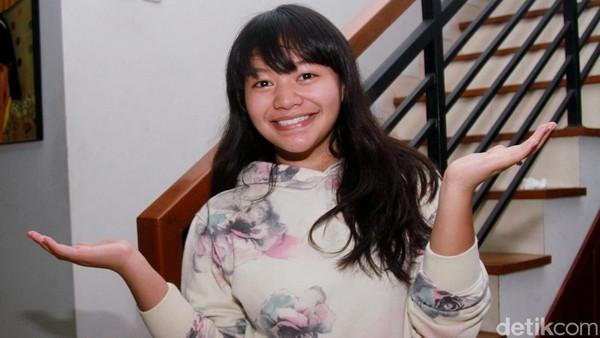 Ibunda Amel Carla Anggap Orangtua Berpengaruh Bimbing Artis Muda