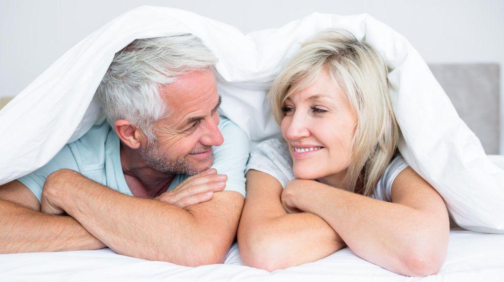 Bahagia atau Tidaknya Pasangan Terkait Kemungkinan Panjang Umur Seseorang