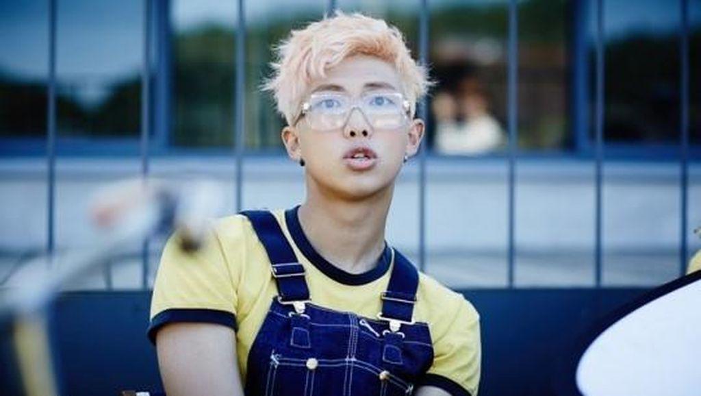 Unggah Preview Lagu, RM BTS akan Rilis Mixtape Terbaru?