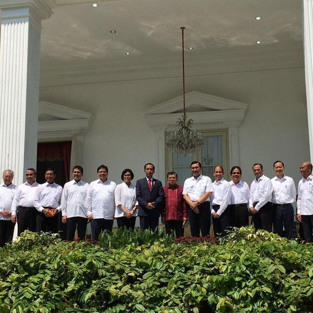 Melihat Lagi Deretan Reshuffle Kabinet Jokowi di Hari Rabu