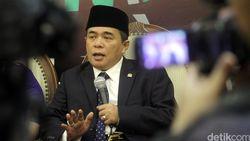 Disebut Jadi Kandidat Ketua DPR Gantikan Novanto, Akom: Tak Elok