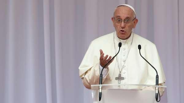 Paus Fransiskus Dikhawatirkan Sebut Rohingya dalam Pidato di Myanmar