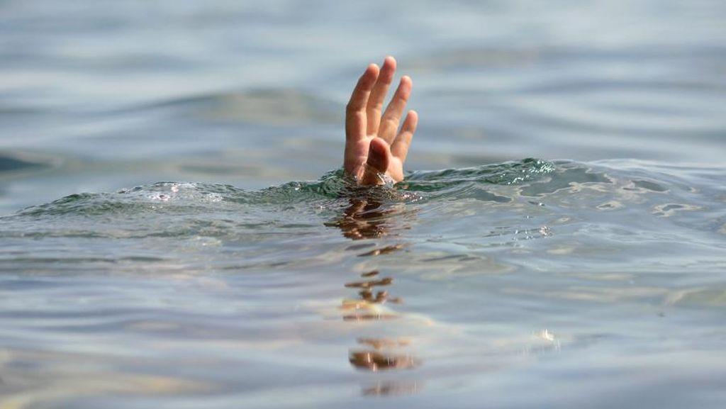 Momen Mengerikan 4 Wisatawan Tenggelam di Curug Teko Garut