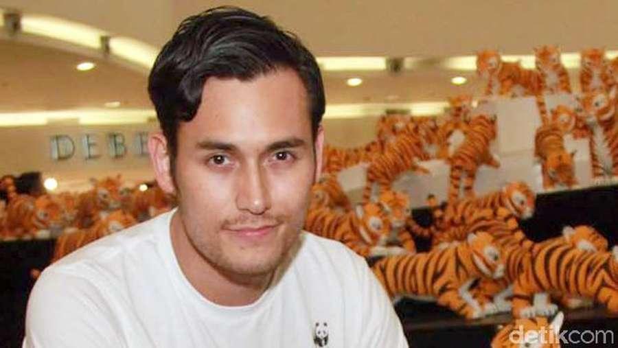 Aksi Para Selebriti di Global Tiger Day