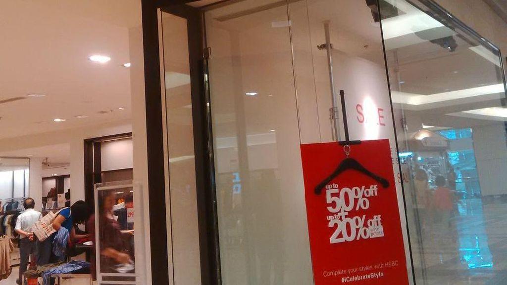 Serbu Gerai Zara yang Diskon Hingga 70% di Kota Kasablanka